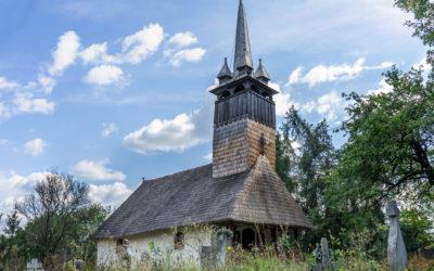 """Biserica de lemn """"Sfinții Apostoli Petru și Pavel"""" din Costeni"""