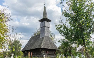 "Biserica de lemn ""Sfinţii Arhangheli Mihail şi Gavril"" din Libotin"