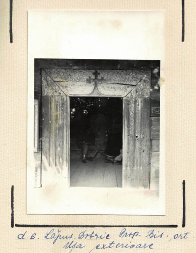 dobric-intrareainbiserica-arhivamjia1963-web03