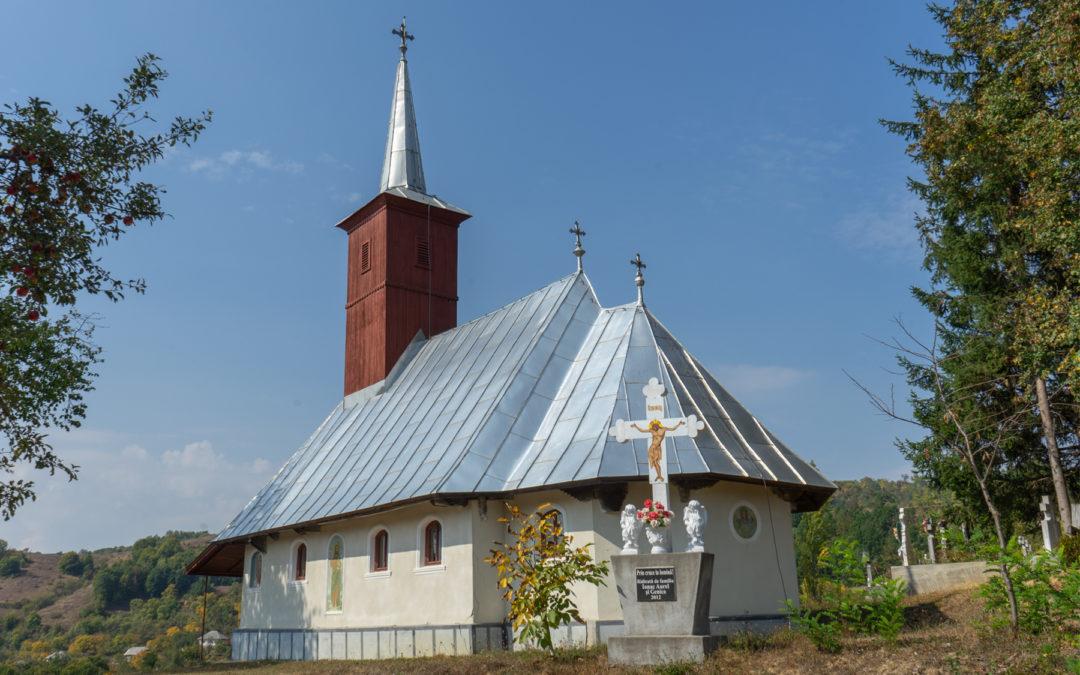 """Biserica de lemn """"Sfinţii Apostoli"""" din Groape"""