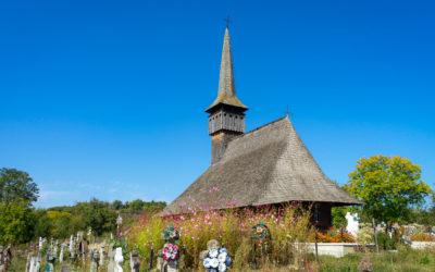 """Biserica de lemn """"Adormirea Maicii Domnului"""" din Lăpuş"""